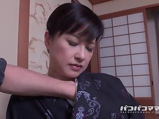 Hot-shaped Asian housewife needs to be fucked in hardcore way