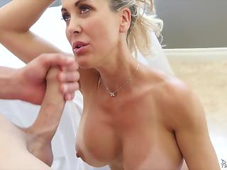 Fit MILF in white miniskirt is looking for a very hard shaft