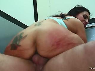 Splendid dinner with tattooed cougar turns into hardcore dick riding