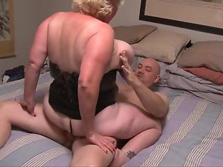 BBW MILF in leather corset needs something to treat her tight crack
