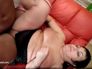 Fatty mature brunette loves when boy spanks her during fuck
