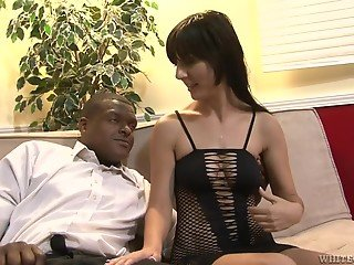 Brunette MILF wants to be facialized after sex with black man